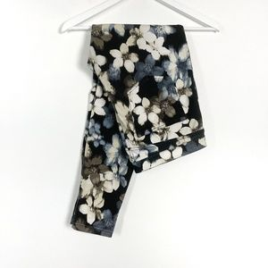Hue Blue Floral Leggings